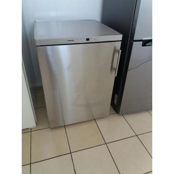 Холодильник Liebherr KTPes-1554