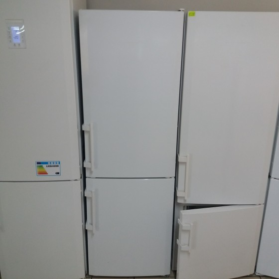 Двухкамерный холодильник LIEBHERR CP 3413