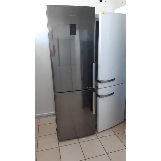 Холодильник Samsung RB31FEJNCSS