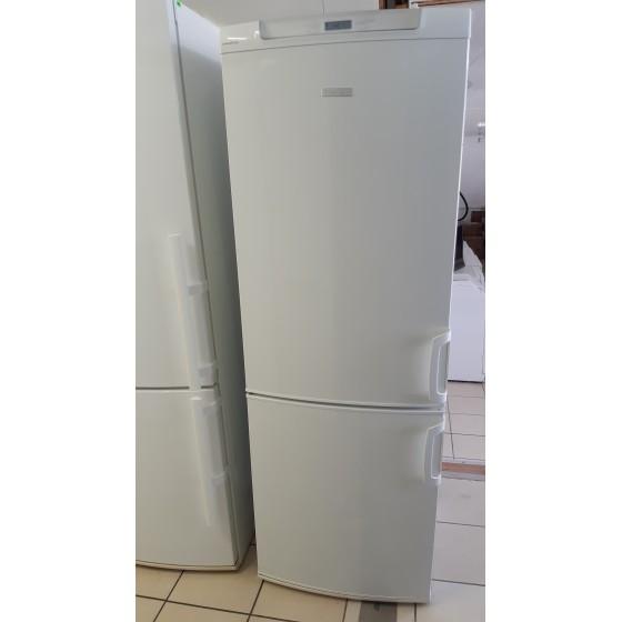 Холодильник Electrolux  ERB34400W