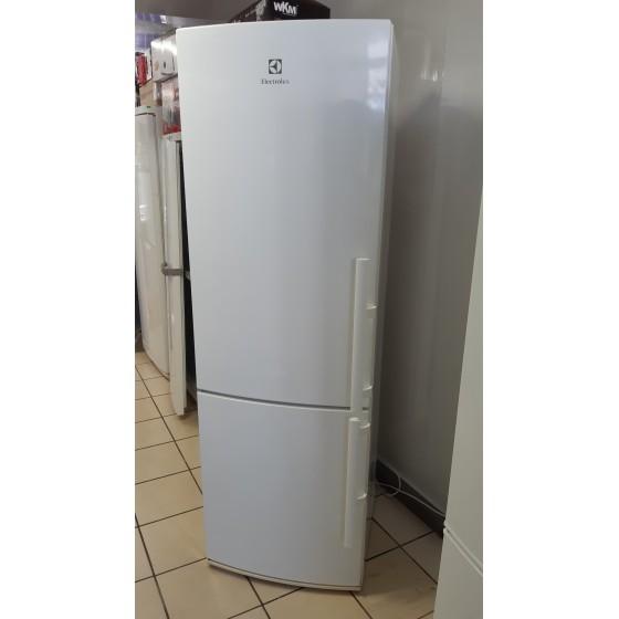 Холодильник Electrolux EN3441AOW