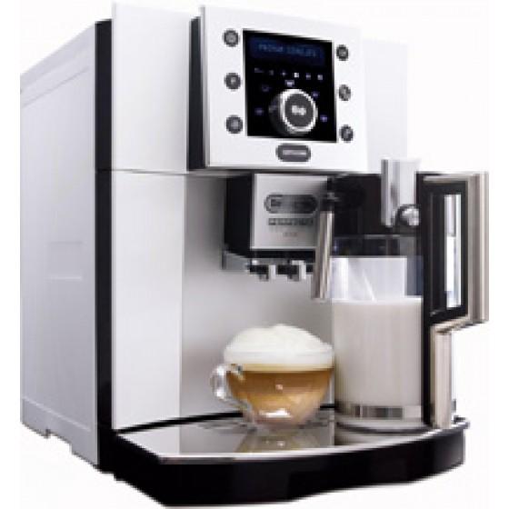 Кофемашина DELONGHI ESAM 5500. S