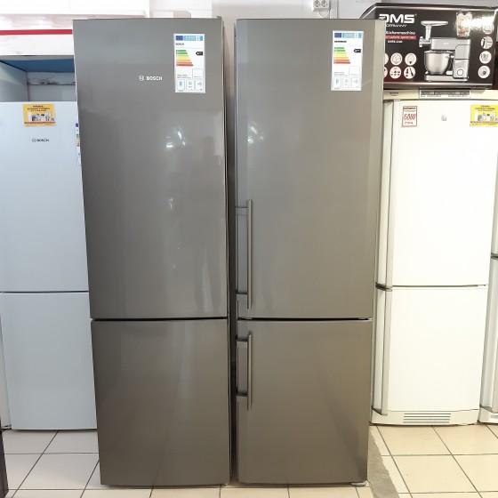 Холодильник Bosch KGE39BI44