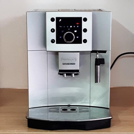 Кофемашина Delonghi Esam 5400 Perfecta