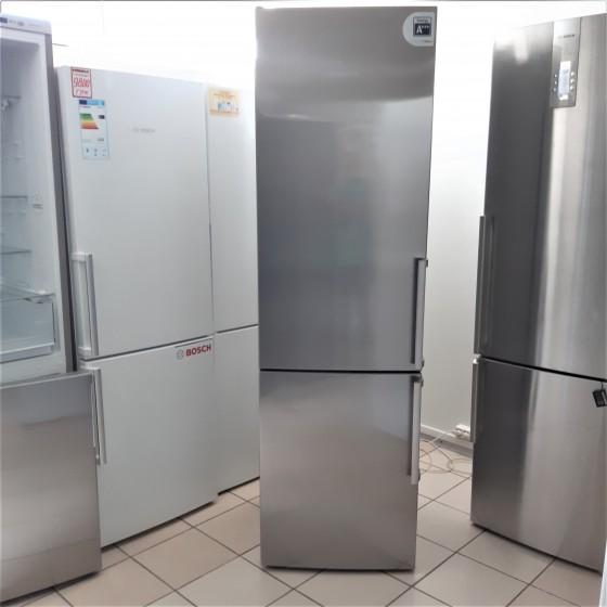 Холодильник Bosch KGE39AI40