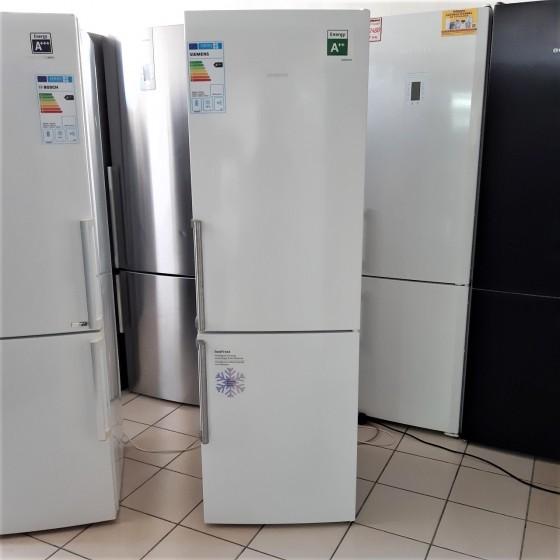 Холодильник Siemens KG36VVW30X